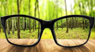 Cận thị là bệnh gì? Các triệu chứng cận thị thường gặp & cách điều trị tốt nhất