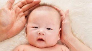 Chạm vào bé thường xuyên 3 vị trí này, trẻ sẽ thông minh hơn