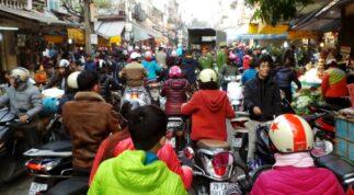 Top 11 khu chợ nổi tiếng nhất Hà Nội [CHÍNH XÁC]